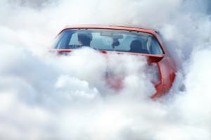 Der Immissionsschutz soll Menschen z.B. vor Lärm, Abgasen und Luftverschmutzung schützen