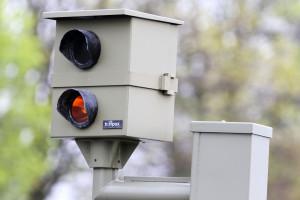 Nicht identifizierte Person auf dem Blitzerfoto: Ein Fahrtenbuch kann zur Fahrerermittlung führen.