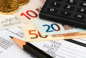 Die Kosten für den Punkteabbau liegen bei etwa 400 Euro pro Seminar.