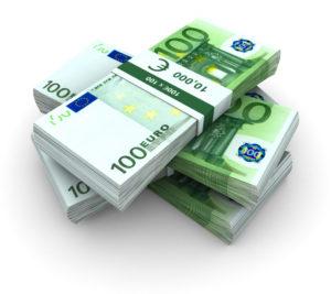 Schmerzensgeld nach einem Unfall wird bei der gegnerischen Versicherung geltend gemacht.