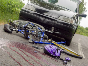 Sie sollten den Versicherungsschaden unverzüglich melden, wenn Sie in einen Unfall verwickelt sind.