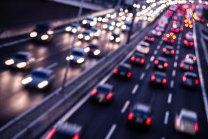 Geschwindigkeitsbegrenzung in Deutschland: Auf der Autobahn gilt stellenweise ausschließlich eine Richtgeschwindigkeit.