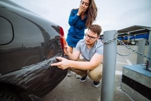Kann sich eine Unfallflucht auf die Versicherung auswirken?